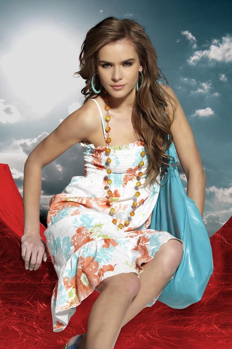 Plážové letní šaty Alma s květy